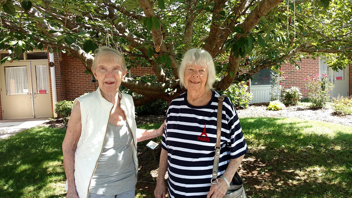 Outdoor Activities at Marjorie McCune Community assisted living center