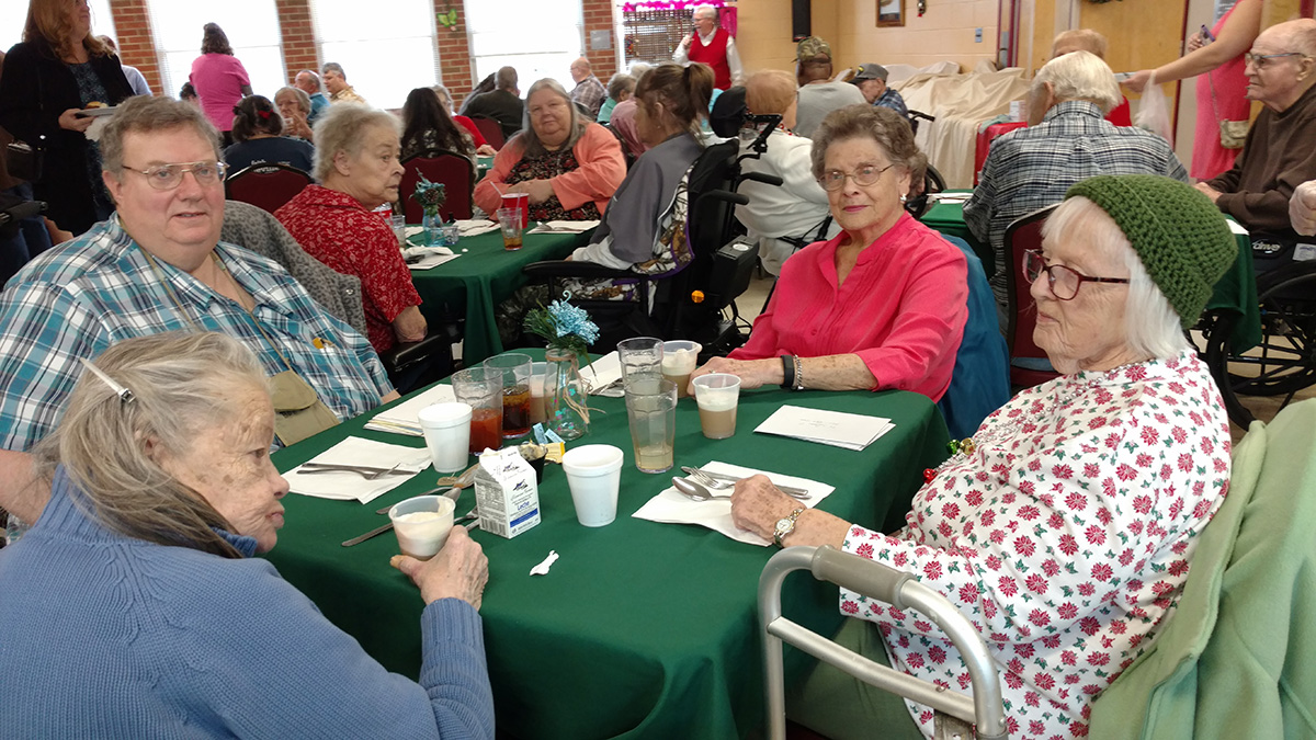 Activities at Marjorie McCune Community assisted living black mountain nc